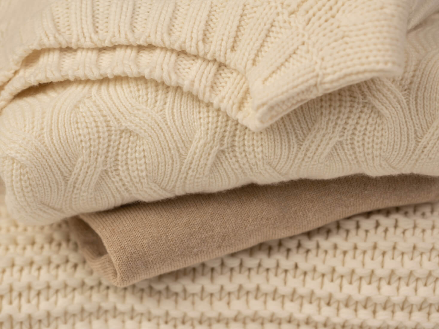 Johnstons of Elgin Cashmere Knitted Jumpers