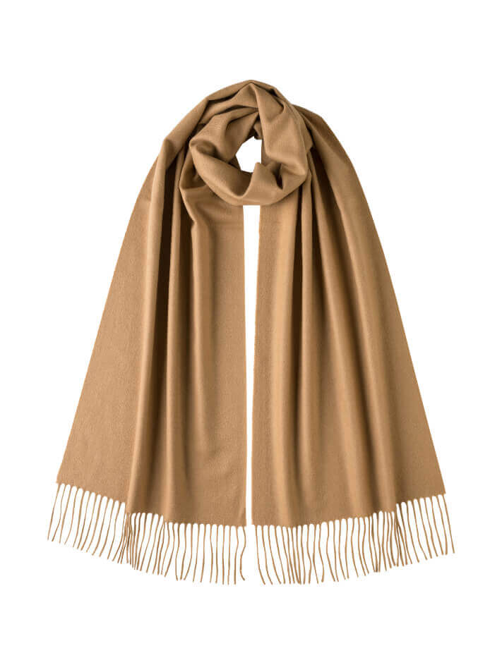 Oversized Classic Cashmere Stole in Camel