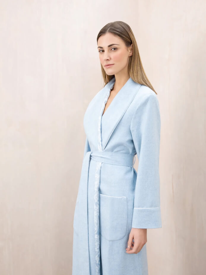 CASHMERE DRESSING GOWN WITH SILK LINING | LIGHT BLUE MELANGE