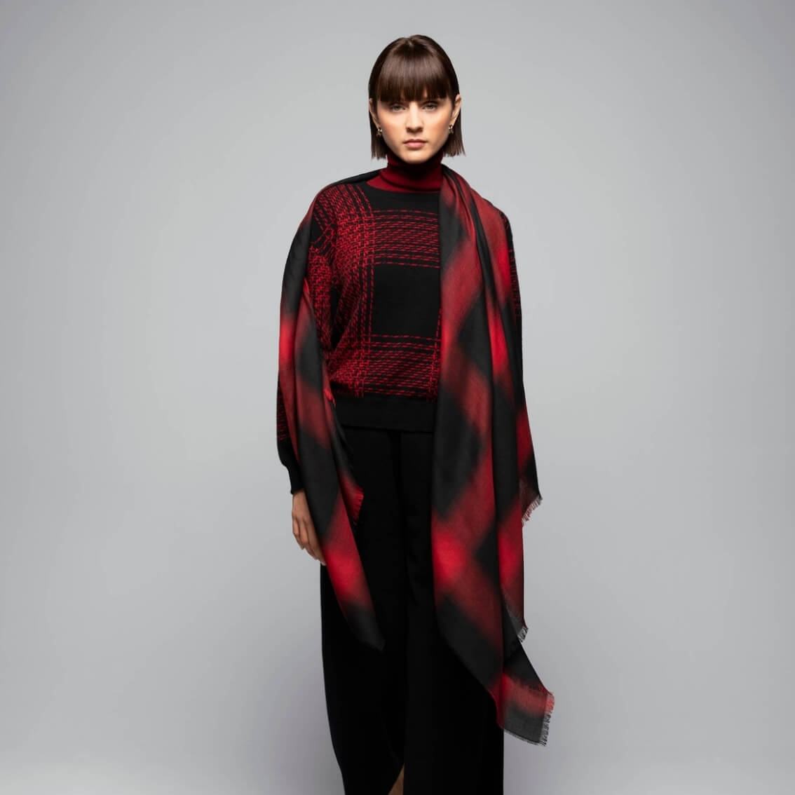 Diffused Check Tissue Cashmere Scarf in Red